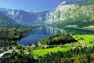 Eslovenia y norte de Croacia  a tu aire en coche de alquiler