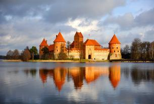 Repúblicas bálticas a tu aire en coche de alquiler