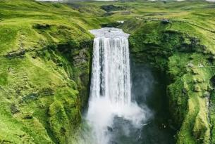 """Islandia a tu aire en coche de alquiler: el  """"fly and drive"""" de 15 días"""