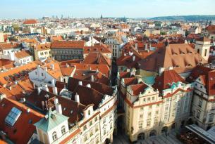 Caminos dorados en grupo, Praga