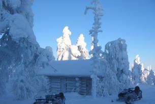 Laponia en Navidad: Rovaniemi durmiendo en Santa Claus Village