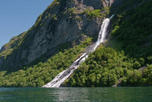 Las cuatro capitales escandinavas y los fiordos noruegos a tu aire