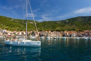 Viaje en Velero por Croacia: navega por Dalmacia Central