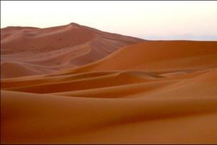 Reinos nómadas en 4x4 (Marrakech, noche en el desierto y kasbahs)