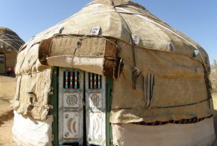 """UZBEKISTAN  en """"privado"""" con noche incluida en Yurt Camp  ( campamento  de yurtas )"""