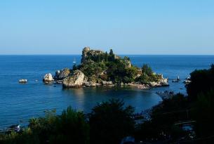 Sicilia Tour: golf y arte a tu aire en coche de alquiler