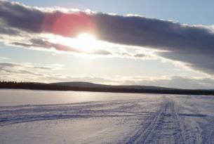 Finlandia -  Travesía en esquí de fondo por la frontera Rusa -