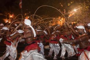 Sri Lanka -  Especial Festival Esala Perahera - Salidas 06, 11 y 18 Agosto