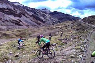 Viaje en bicicleta. MTB por las Tierras Incas del Perú 6 días