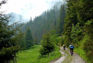 Viaje en bicicleta MTB, la sierra de Ródope (Bulgaria)