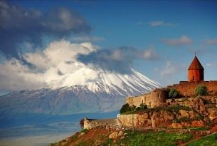 Viaje en bicicleta. Armenia, Monasterios y la Ruta de la Seda en MTB  11 días.