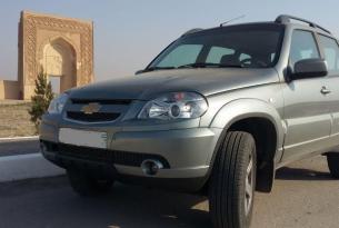 Uzbekistán a tu aire en 4x4 de alquiler