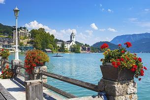 La espléndida naturaleza de Austria en grupo