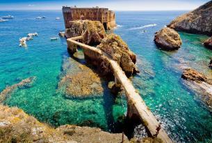 Senderismo en grupo y para singles en Portugal: Islas Berlengas, Termas Do Vimeiro y más