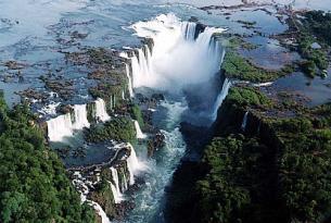 Argentina en grupo: ciudades, cataratas y lagos (salida garantizada)