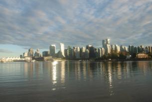 El Oeste de Canadá: las Rocosas y su naturaleza salvaje a tu aire en coche de alquiler