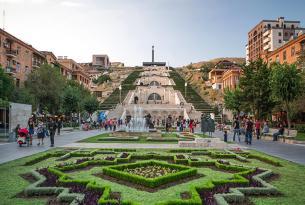 Viaje a Cáucaso en privado: desde el Mar Caspio hasta el Mar Negro