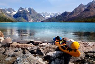 Kayak y Trekking en el Fiordo Tasermiut de Groenlandia