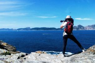 Senderismo en las Islas Cies y Ons en grupo