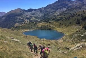 Senderismo por Andorra en grupo