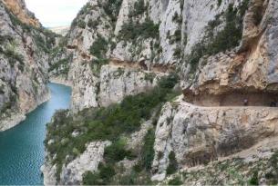 Huesca: Mont Rebei, pasarelas del río Vero y Mallos de Riglos