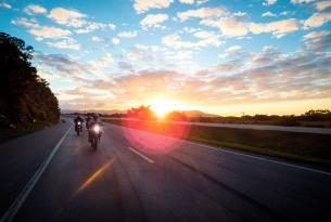 Grandes parques del Oeste americano en moto