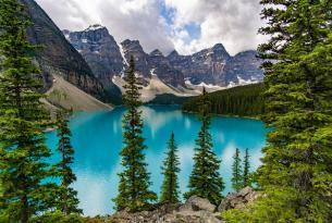 Toronto y los Parques Naturales de Canadá a tu aire en coche de alquiler