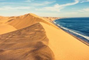 Namibia y las montañas de Naukluft: vive el safari y el desierto