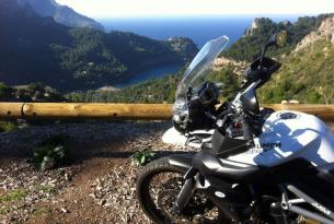 Viaje en moto Mallorca Paisajes y curvas. 5 dias 4 en moto