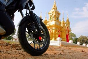 Viaje en moto Tailandia Lazo de Oro en moto Trail