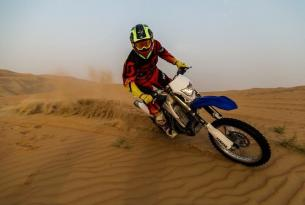 Viaje en moto enduro Dubái 6 días 4 en moto