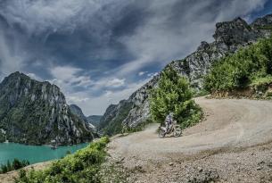 Viaje en moto Albania enduro 5 dias 3 en moto
