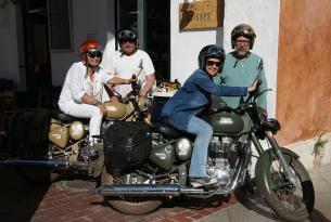 Viaje en moto Menorca en Royal Enfield 7 dias (Especial parejas)