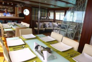 Viaje Buceo Galápagos a bordo del Humboldt Explorer