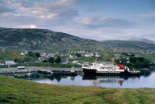 Escocia: Islas Hébridas y Skye a tu aire en coche de alquiler