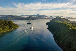 Fiordos noruegos al completo en grupo: ciudades y cruceros