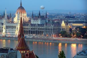 Alemania, Austria y Budapest en grupo (exclusivo singles)