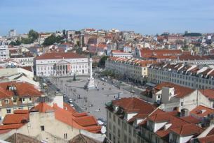Lisboa en el Puente de Mayo desde Barcelona (incluye bono de actividades)